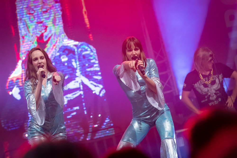 Beide Sängerinnen als ABBA