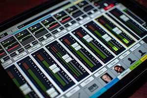 Tablett mit Mixerapp für die Tontechnik