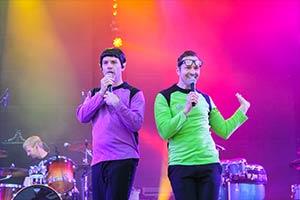 Zwei Sänger Traumschiff Surprise